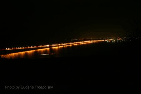 Ночное освещение на новом мосту в Ульяновске