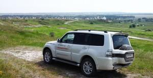 Тест драйв Mitsubishi на бездорожье