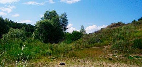 Берег Волги в Ундорах, спуск к водохранилищу