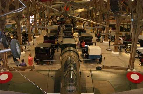 Вид ретро-музея со 2-ого яруса