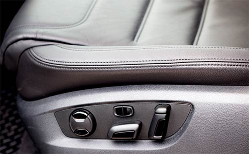 водительское сиденье и его настройки