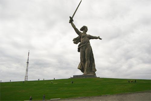 Родина Мать, Мамаев Курган, город-герой Волгоград